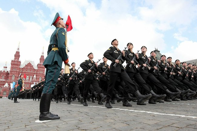 Moscow_Victory_Day_Parade_2011.jpeg
