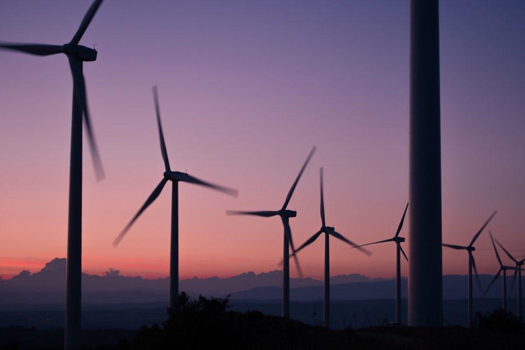 windmills-984137 960 720