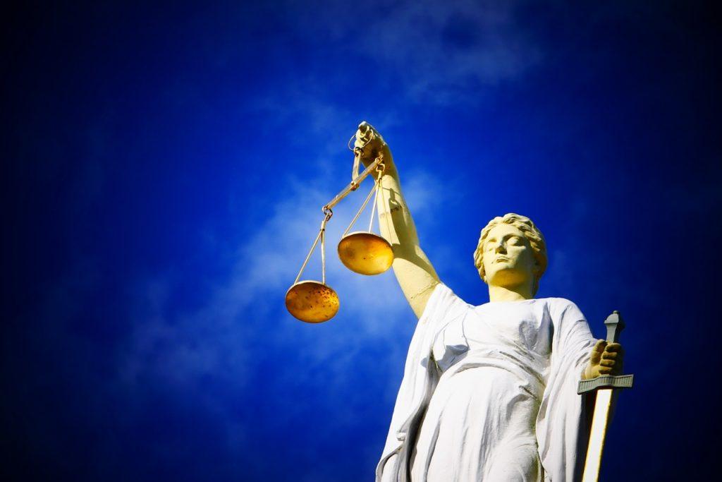 justice-2071539 1280