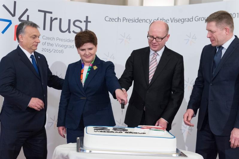 v4 cake