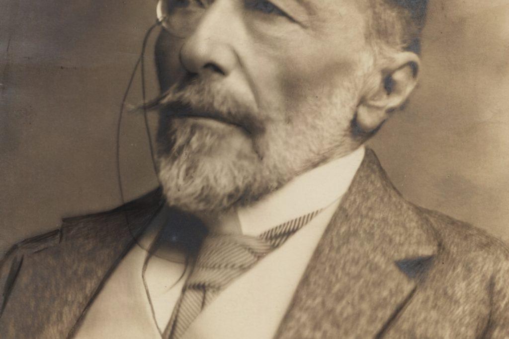 Conrad in 1918 800x1058
