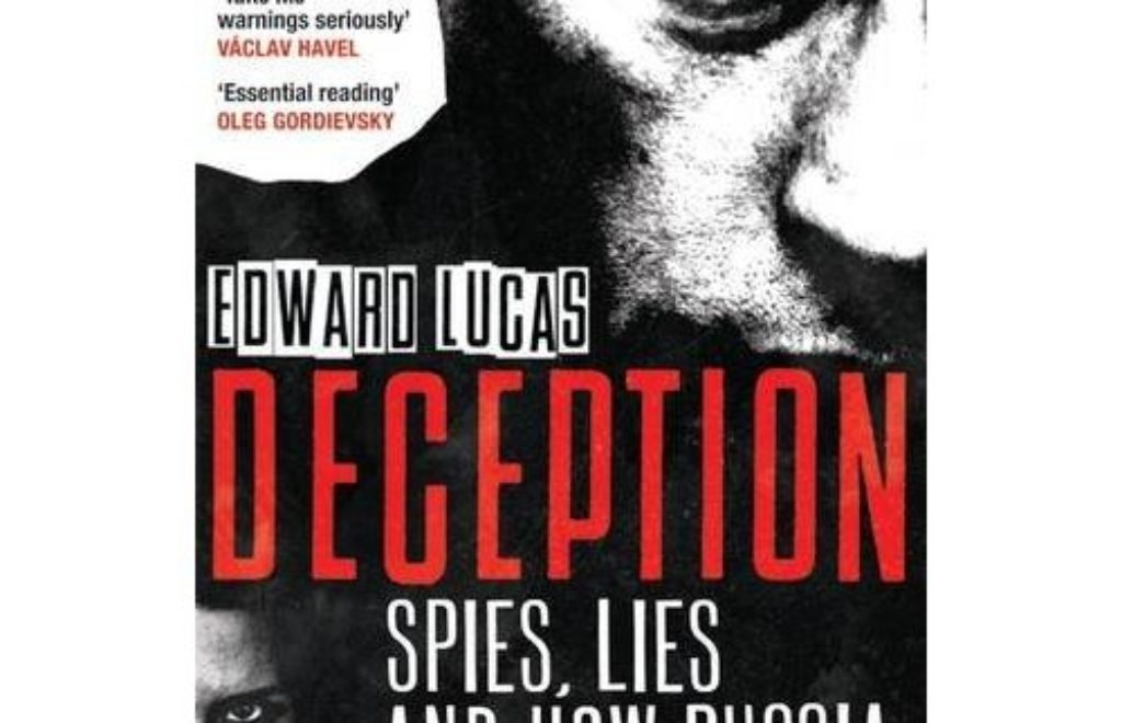 6- okladka_lucas_spies_lies_deception.jpg