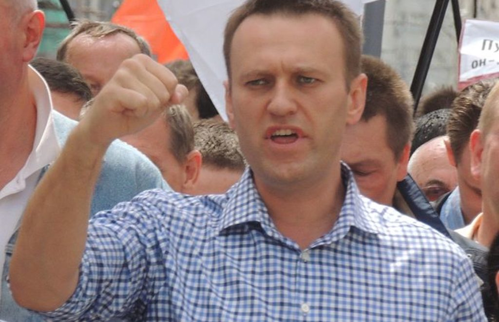656px-Alexey_Navalny_at_Moscow_rally_2013-06-12_3.jpg